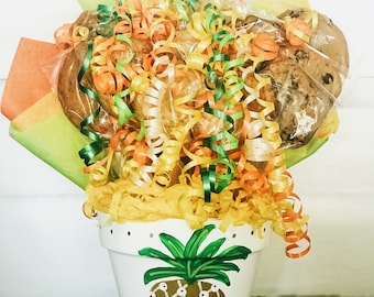Pineapple Cookie Bouquet