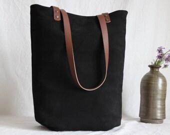 Shoulder bag leather and canvas, black, black leather case
