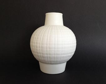 PMR Jaeger & Co Bavaria Mid-Century matte  white bisque porcelain Op Art and Space Art  vase. Germany.