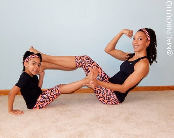 Matching Mommy and Me activewear leggings