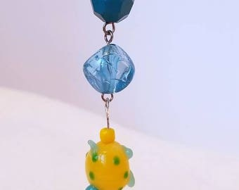 Blue and yellow glass turtle TeaChain