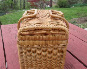 """Small Vintage Wicker Basket - Picnic For Two - Country Farmhouse Storage/ Decor - 12 1/2"""" by 9"""" by 8"""""""