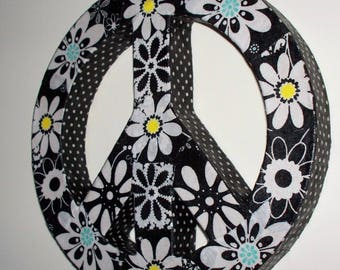 Black/White 2-sided Floral Peace Sign