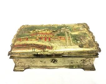 Charming Asian Box