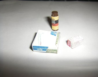 Lot 3 Bathroom Supplies 1/12 scale Dollhouse Miniatures Lot 3