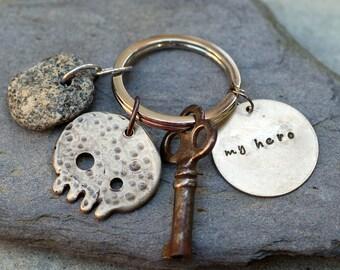 Skull Keychain White Bronze, Beach Stone, Skeleton Key, For Him, Unisex, Accessory - My Hero