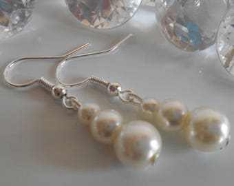 Trio of ivory pearls wedding earrings