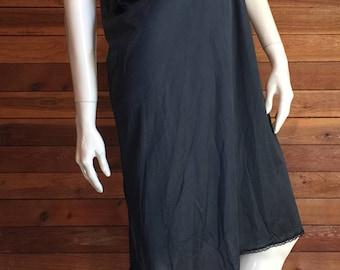 Vintage Lingerie 1980s VASSARETTE Black Size 42 Full Slip