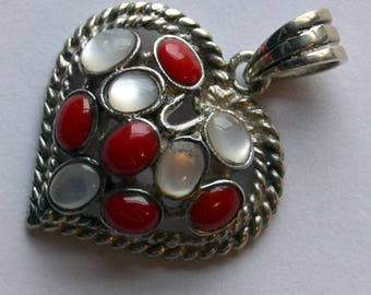 Heart pendant of Sterling Silver, Mother of Pearl, and Coral