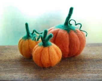 Thanksgiving Decor. Needle Felted Pumpkins Set of Three. Autumn Decor. Pumpkin Decor. Miniature Pumpkins. Halloween Decor. Fall Decor