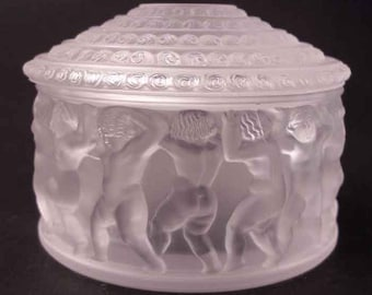 Frosted Crystal Covered Box, 'Enfants', Lalique, France