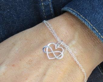 Infinity Heart Bracelet, Entwined Infinity and Heart Jewelry, Bracelet for Mom, Friendship Jewelry, Sterling Silver Infinity Charm Bracelet