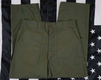Vintage 60's 70's Olive Green US Military Style Pants Size 34x33 Big Pocket Fatigues GI Scoville Field Trouser