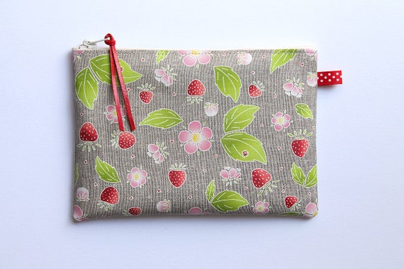 """Multifunction """"Sweet Gariguette"""" natural linen pouch"""