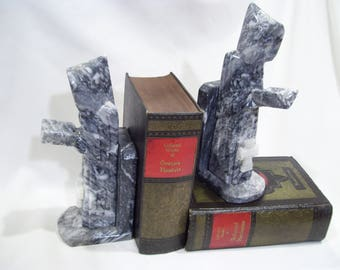 Tall Carved Onyx Religious Bookends,Praying Priest With Bible And Cross,Heavy  Marble Bookends Ideas