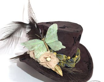 Brown Suede with Black Scull and Cross Bones Mini Top Hat - Gothic Lolita, Mad Hatter, Steampunk Wedding, Victorian Wedding, Derby Facinator
