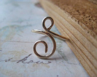 Gold Swirl Ring, Hand Forged Ring, 14k Gold Fill, Hand Formed, Gold Filled Wire, Womens Jewelry, Stacking Ring, candies64