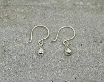 Dainty Silver Drop Earrings / Sterling Silver Earrings / Handmade / dangle earring