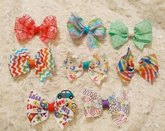 Two dollar bows!! Pick your favorite! On clips