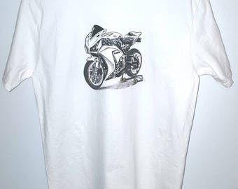 Honda CBR Fireblade, White tshirt, Size L, Hand painted, unique, awesome and one of a kind motorcycle t-shirt.