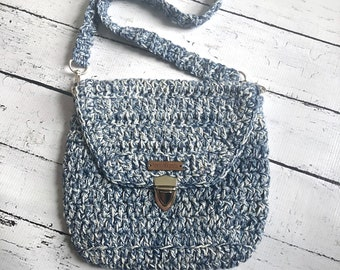 Crochet crossbody or shoulder purse, Cotton and polyester blend, in denim.