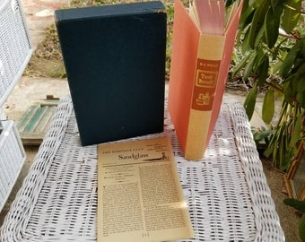 Tono-Bungay by H.G. Wells, Vintage Book and Slipcase, Antique Red Beige Hardback, Hardcover, Lynton Lamb Illustrated, 1960
