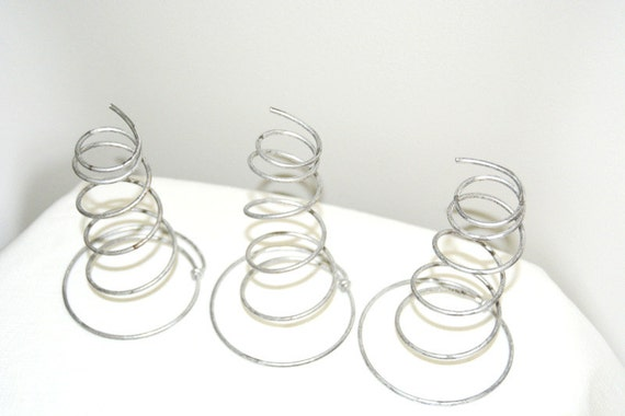 Vintage Shiny Metal Wire Bed Spring Coils for Industrial and ...