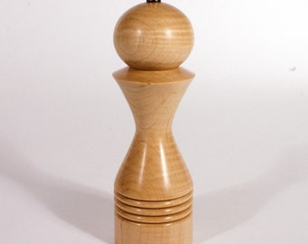 8 Inch pepper mill - pepper grinder made in Curly Maple