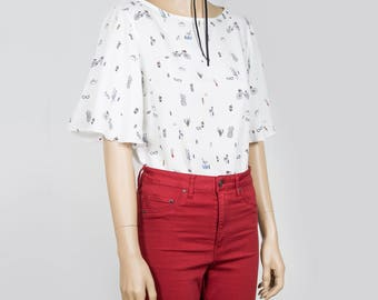 """Top """"Amsterdam"""" by Solange Maritte /Printed white blouse with bell sleeves Boat neck for spring/summer, Size Medium"""