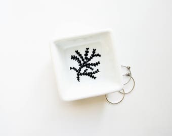 Doodle Art Dish, Ring Dish, Jewelry Dish, Earring Holder, Ring Dish, Small Desk Organizer