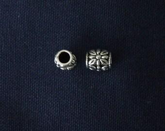 2 flower beads silver snake bracelet