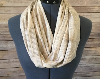 Dictionary Infinity Scarf / Library / Bookworm / Book / Scarf / Teacher / Educator / Education / Book Pages / Infinity Scarf / English