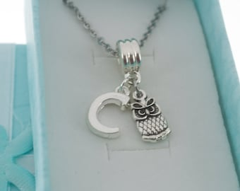 Little Girl's owl necklace in silver personalized with initial.   Little girls jewelry.  Little girl necklace.  Owl necklace.