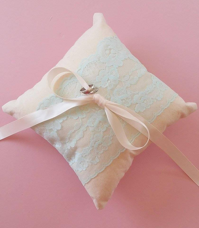 Lace ring pillow / wedding ring pillow / ring bearer pillow /