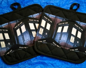 Doctor Who Kitchen Pot Holders - Hot Pads - Tardis