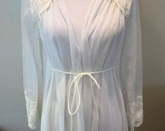 Vintage White Sheer Miss Elaine Nightgown Double Layer Chiffon Bridal Wedding Lace Full Sweep Peignoir 1950s Pin Up Burlesque Robe Boho