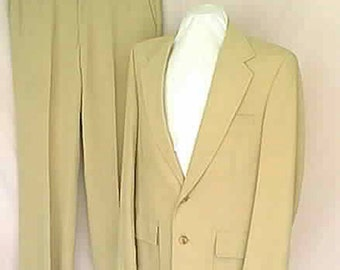 Vintage 1970s Mans Palm Beach Tan Single Breasted Suit Size 42