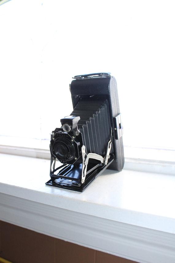 Vintage Camera Kodak Junior Six-16 Series II 1930s w/ Box & Inserts