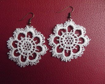 EARRINGS COPPER AND WHITE LACE FLOWER