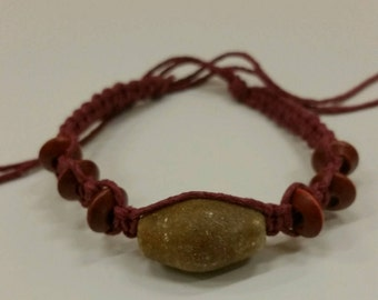 Handmade burgundy hemp beaded bracelet