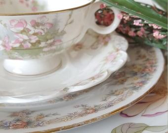 Mismatched China 4pc Place Setting Floral Design For Dinner Party, Wedding, Luncheon, Tea Party, Bridal Shower, Shabby Chic, Collectable,