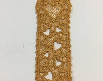 Pretty Gold Heart Lace Bookmark
