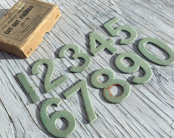 The Bablet series of cut-out-figures: numbers 0-9. Card number for art and craft. 64mm, 2.5 inches high. Vintage numbers.