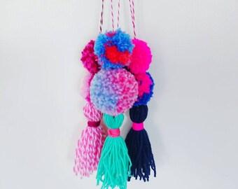 Pinky Brights Pom Pom Hanger