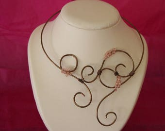 Necklace chocolate aluminum wire and Crystal beads pink