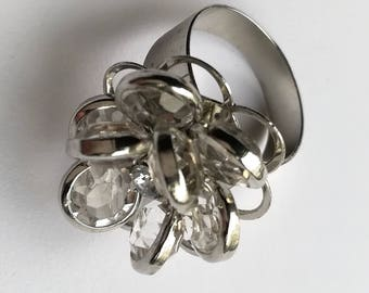 Vintage jewellery. Silver and glass ring. Statement ring.