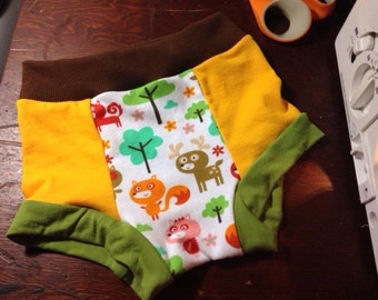 "Cotton underwear - Little Acorn set of 3 ""just undies"" children's underwear of soft, stretch jersey knit in bright, fun colors and prints."