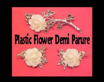 Vintage Celluloid White Flower Silver Tone Brooch and Clip Earrings Set * U2565 Demi Parure