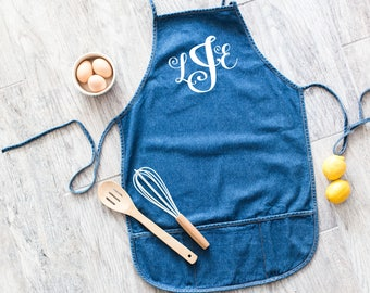 Farmhouse Style Monogram Starstruck Font Personalized Natural Jute Baking Apron Cooking Kitchen Hostess Housewarming Gift Handwritten-style