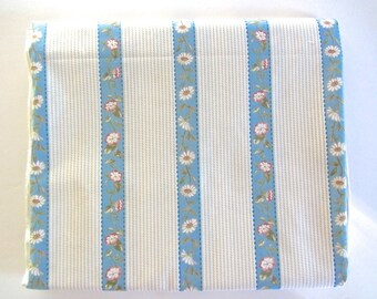 "Waverley Home Decorator Fabric - Daisy Lane - 54"" x 2.5 yds - reduced"